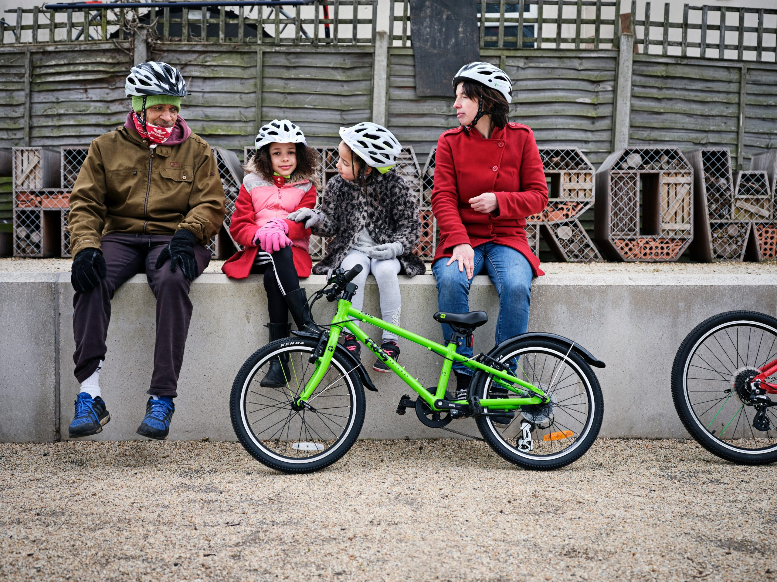 family cycle routes near me